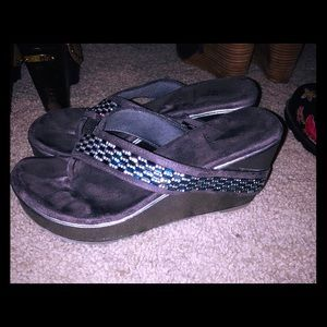 Shoes - Volatile wedge sandals size 7